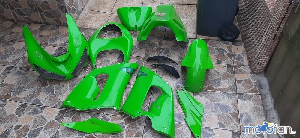 Set carene Kawasaki ZX6R