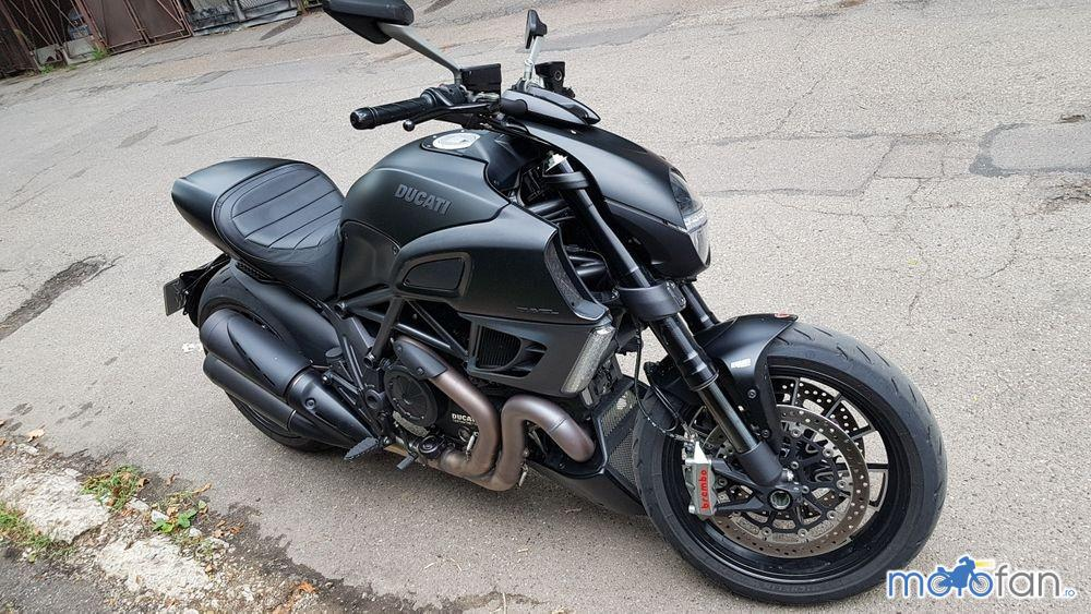 Ducati Diavel Dark Stealth